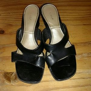 Black heeled sandals, size 5.5, Fioni